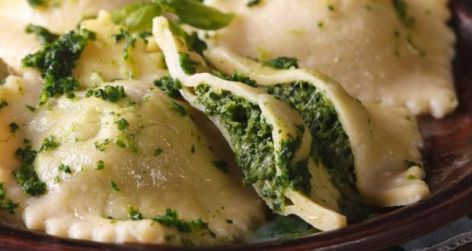 spinach-and-ricotta-ravioli-recipe_620x330_81509602670
